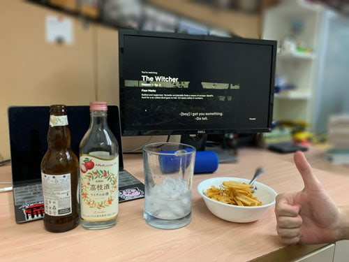 Netflix snacks and alcohol
